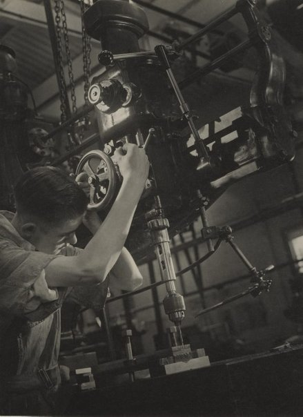An image of Untitled (man working drill) by Max Dupain
