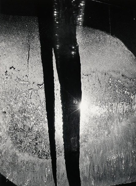 An image of Icicle in light, Rochester, New York, January 17, 1959 by Minor White