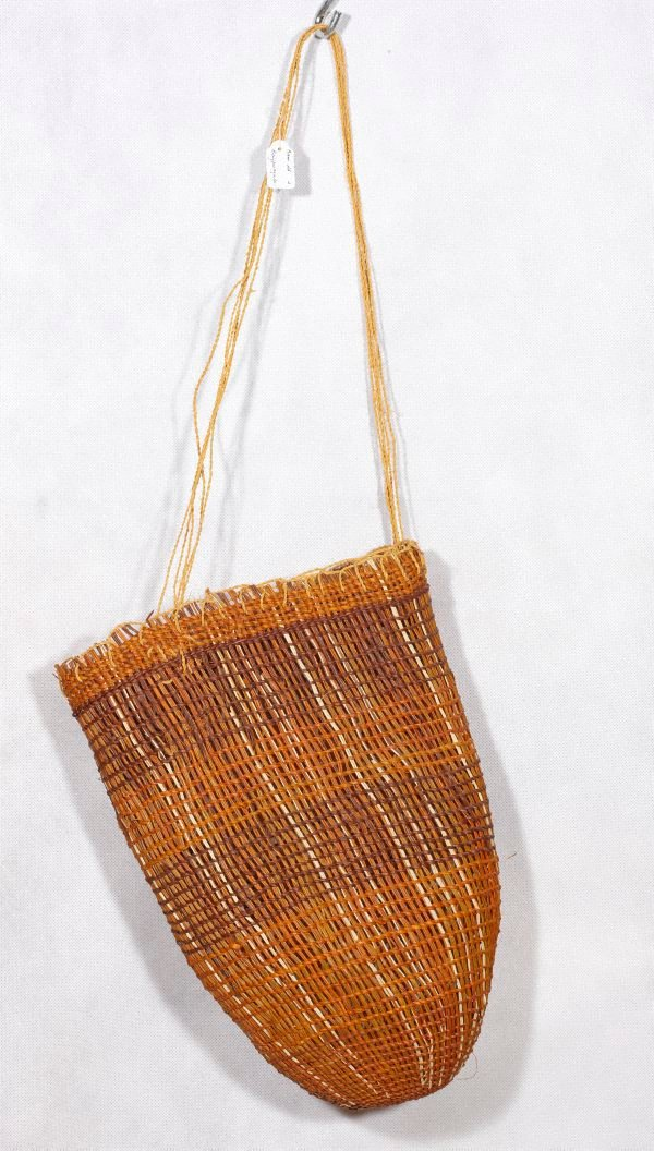An image of Twined open weave dilly bag