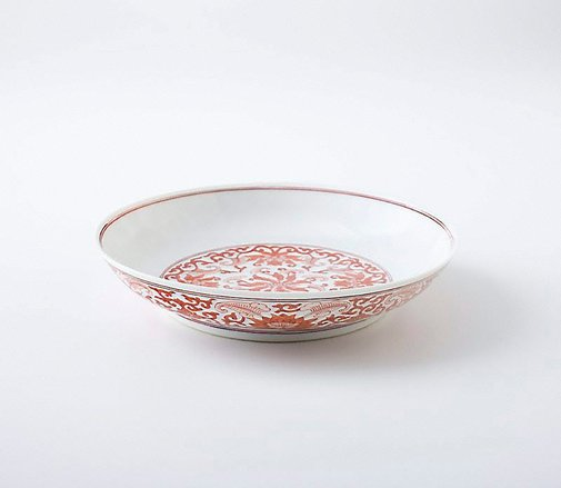 An image of Dish with floral decoration by Jingdezhen ware