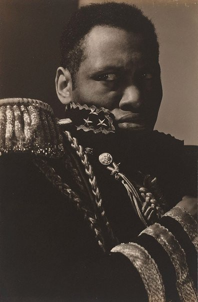 An image of Paul Robeson as Emperor Jones by Edward Steichen