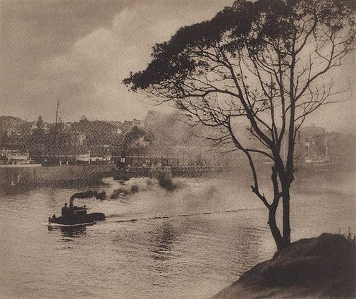 An image of Woolloomooloo Bay by Harold Cazneaux
