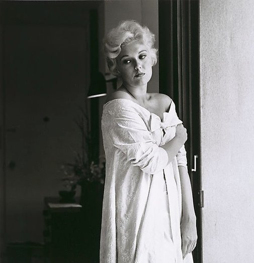An image of Kim Novak by Sid Avery