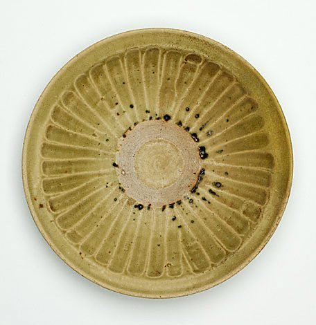 An image of Dish with fluted cavetto
