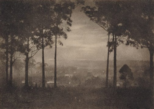 An image of Evening falls by Harold Cazneaux