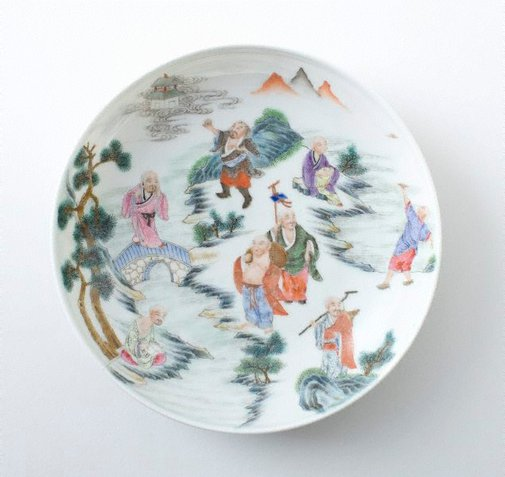 An image of Dish decorated with the eighteen 'luohan' by Jingdezhen ware