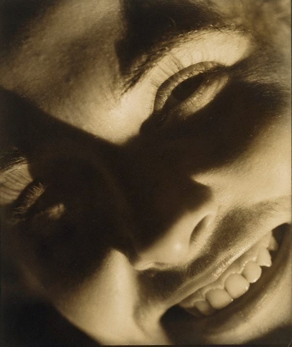An image of Untitled (head of a woman)