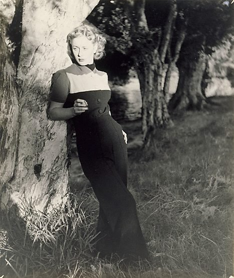 An image of Untitled (Woman in dark trousers) by William Buckle