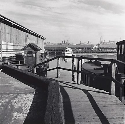 An image of Erskine Street Wharf, Sydney by David Moore