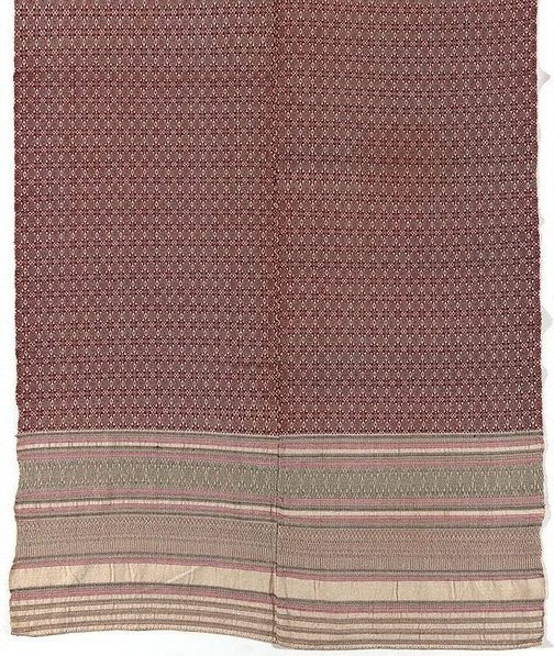 An image of 'Pha hom' (blanket) with star and diamond pattern by