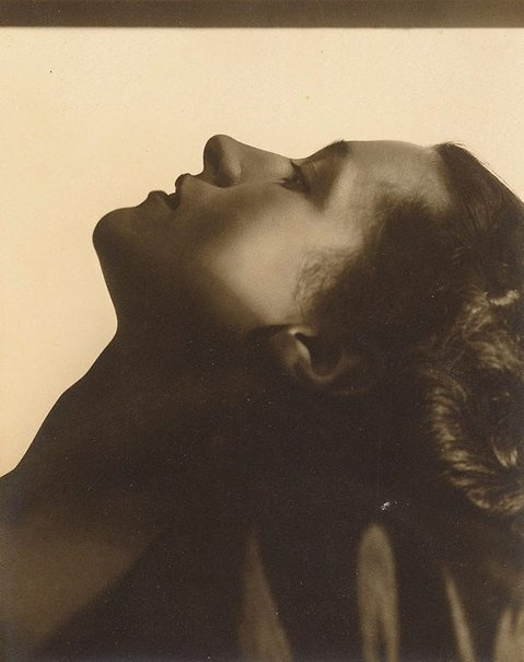 An image of Untitled (Vesta Davies, face profile) by Max Dupain