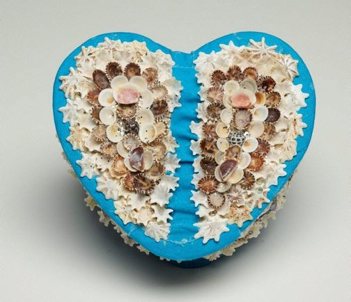 An image of Heart shaped box by Esme Timbery