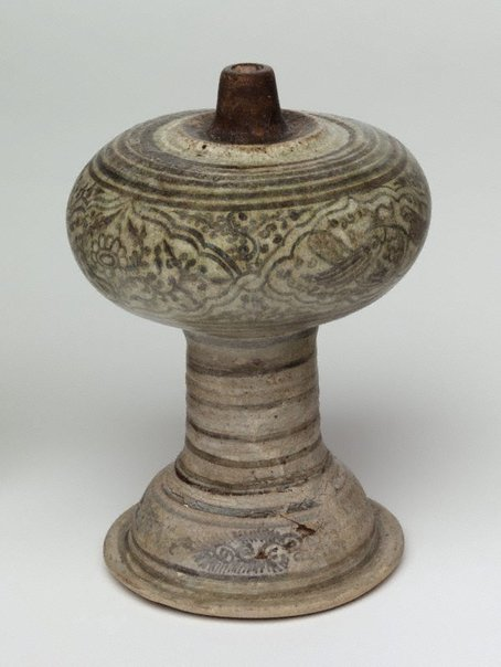 An image of Decorated lamp by