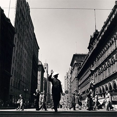 An image of Traffic policeman, Martin Place by David Moore