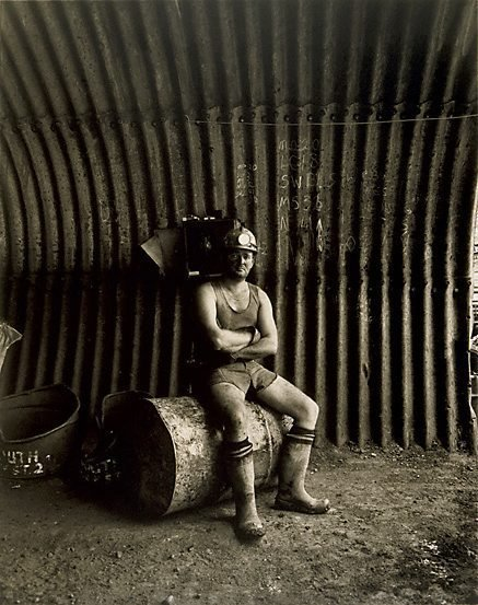 An image of Ray Ellis, loaderman by Graham McCarter