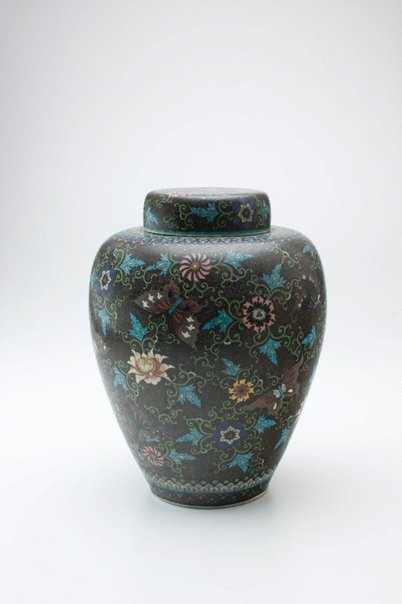 An image of Ginger jar with design of butterflies and flowers by Meiji export crafts
