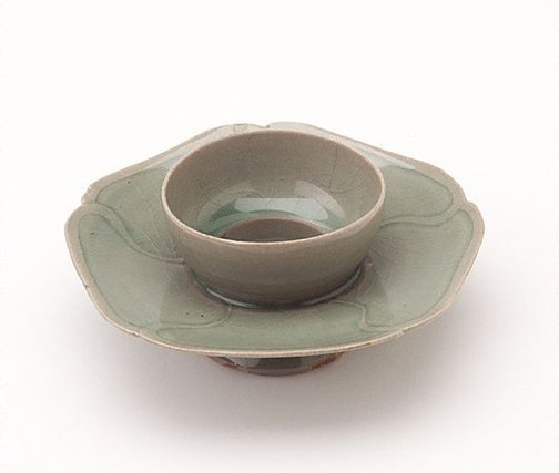 An image of Cup stand of lotus form with five-petalled flange by