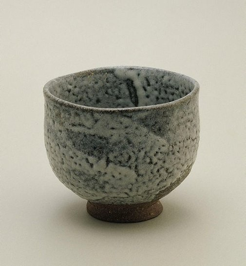 An image of Tea bowl with ash glaze by SHIGA Shigeo