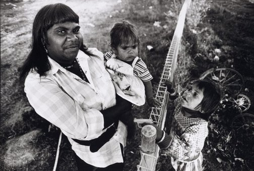 An image of Della Shillingworth with two of her six children, Dodge City, Brewarrina by Sandy Edwards
