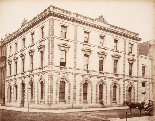 An image of Bank of NSW, cnr Wynyard & George streets, Sydney by Charles Bayliss