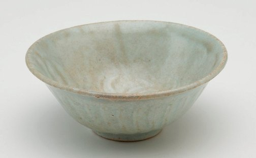 An image of Bowl with carved decoration by Jingdezhen ware