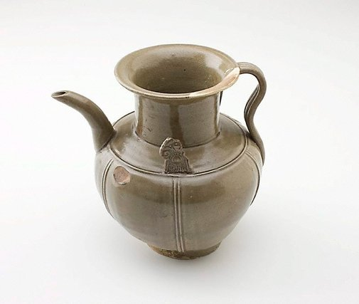 An image of Ewer by Yue ware
