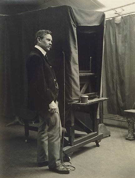 An image of Portrait of an operator, Freeman's studio by Harold Cazneaux