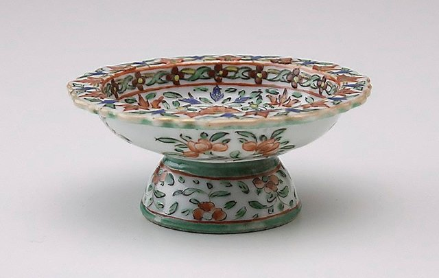 An image of Small tazza