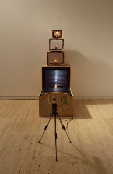 An image of Kaldor candle by Nam June Paik