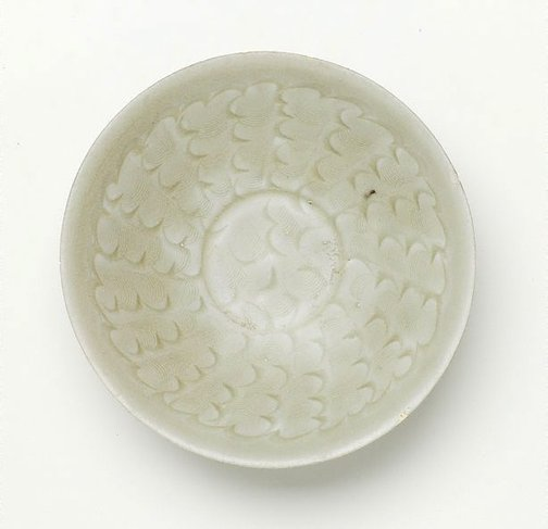 An image of Bowl with incised pattern by