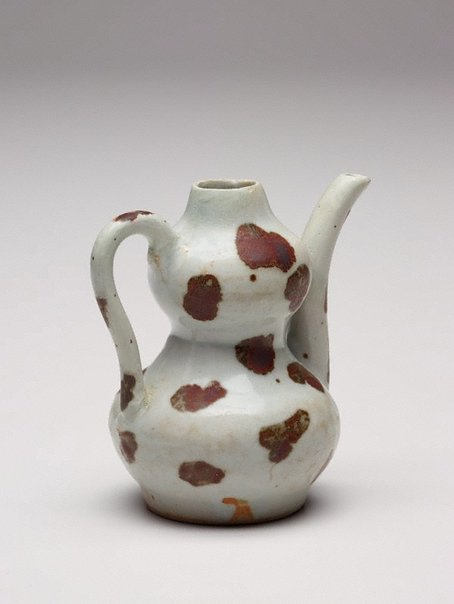 An image of Small ewer by