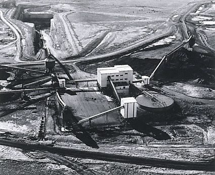 An image of Aerial view showing the No.2 wash plant and the box cut at No.2 underground mine