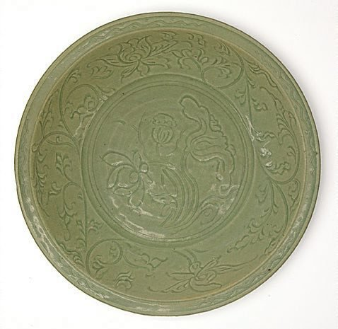 An image of Dish with carved lotus design by Longquan ware