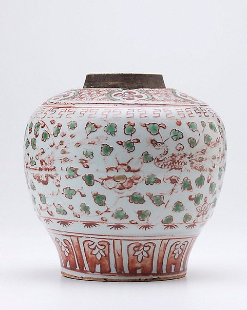 An image of Jar decorated with enamels with design of phoenix and peonies by