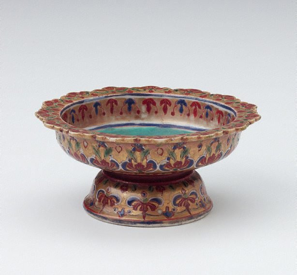 An image of Tazza decorated with floral motifs