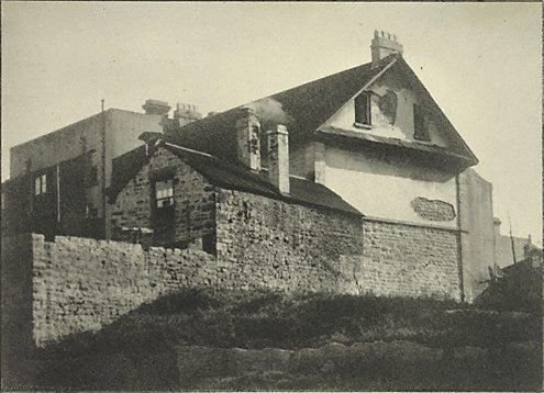 An image of Old home, Millers Point by Henri Mallard
