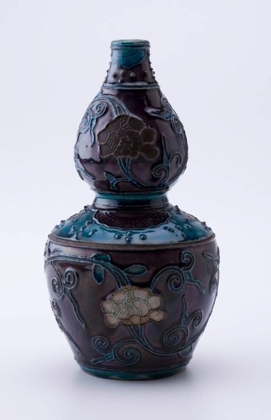 An image of Double gourd shaped vase by Fahua ware