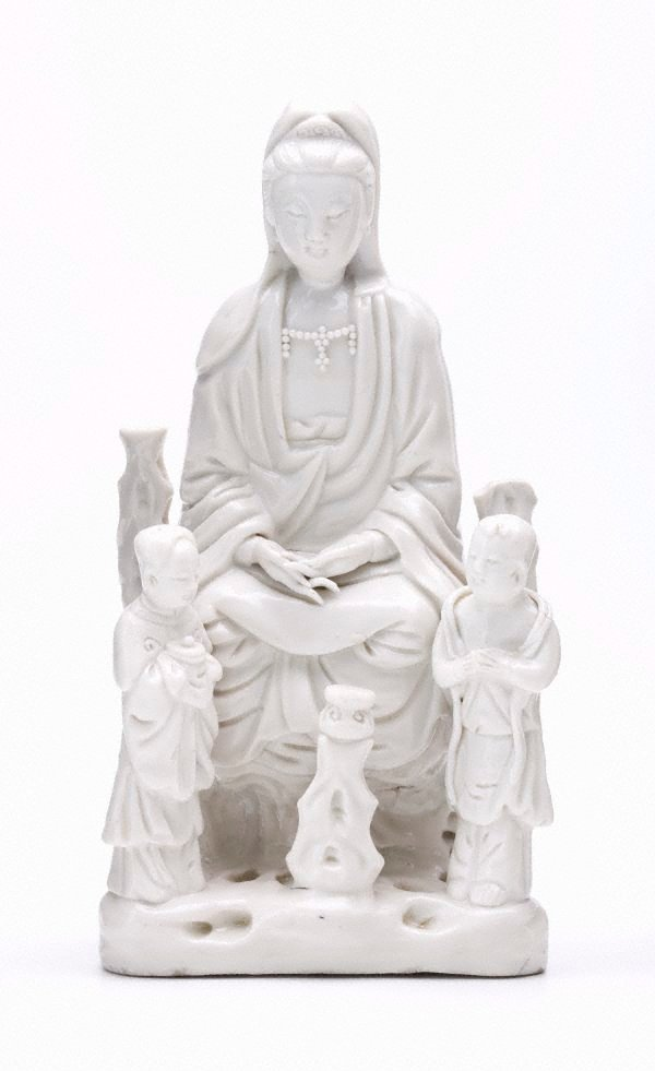 An image of Guanyin with two attendants