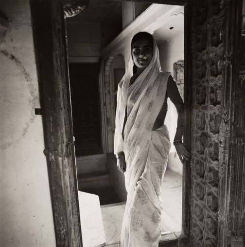An image of Teacher's wife – Jaisalmer, Rajasthan by Max Pam