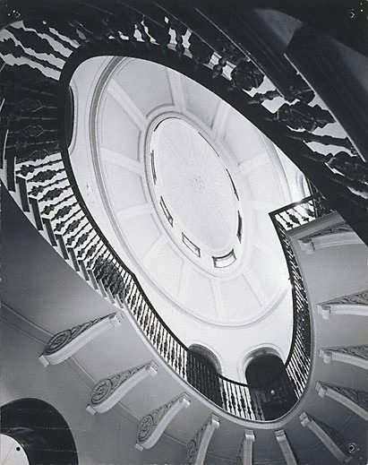 An image of Elizabeth Bay House by Max Dupain