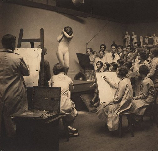 An image of Life class, The Sydney Art School by Harold Cazneaux