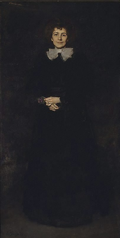 An image of Lady in black