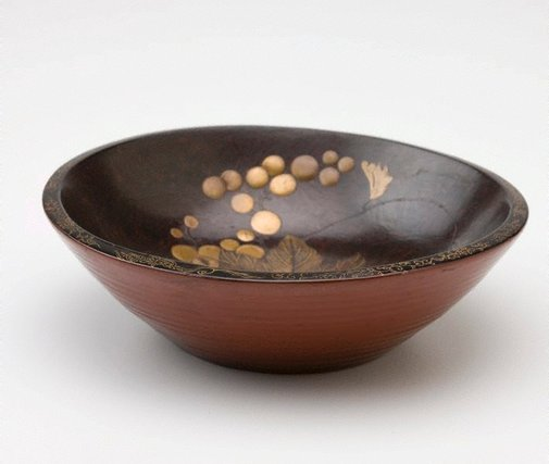 An image of Bowl with design of grapes by Meiji export crafts
