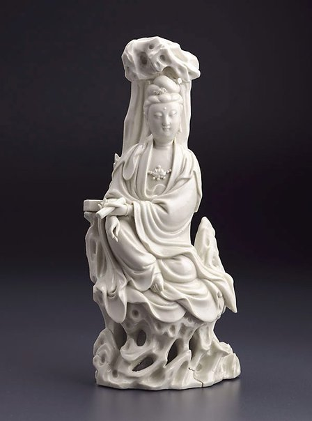 An image of Figure of Guanyin by Dehua ware