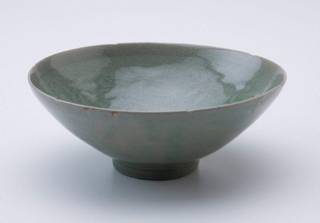 An image of Bowl with floral design