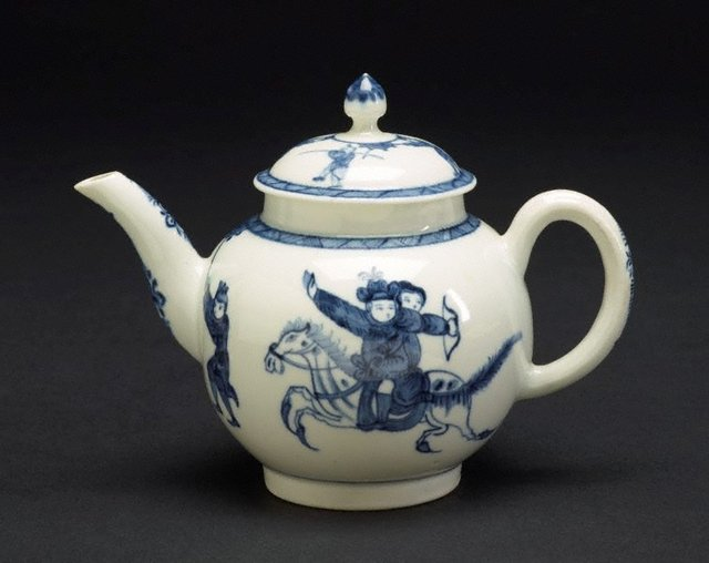 An image of Teapot and cover