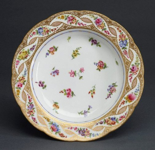 An image of Soup plate (assiette à potage) by Sèvres