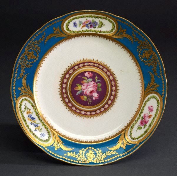 An image of Plate (assiette uni)