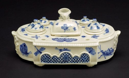 An image of Inkstand by Saint-Cloud porcelain factory
