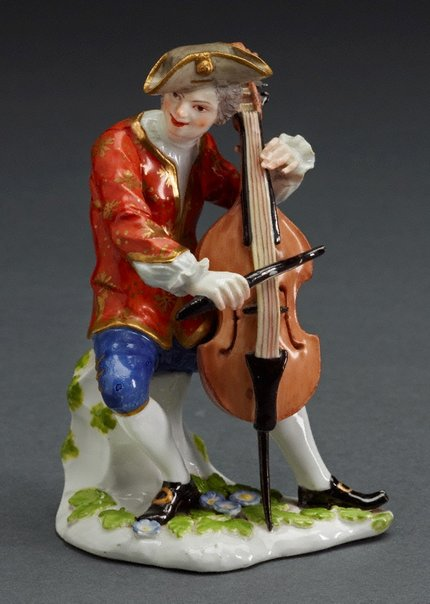 An image of Cellist by Meissen